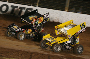 The battle for the win between Paul McMahan and Donny Schatz. May 25, 2007. Harold Hinson photo.