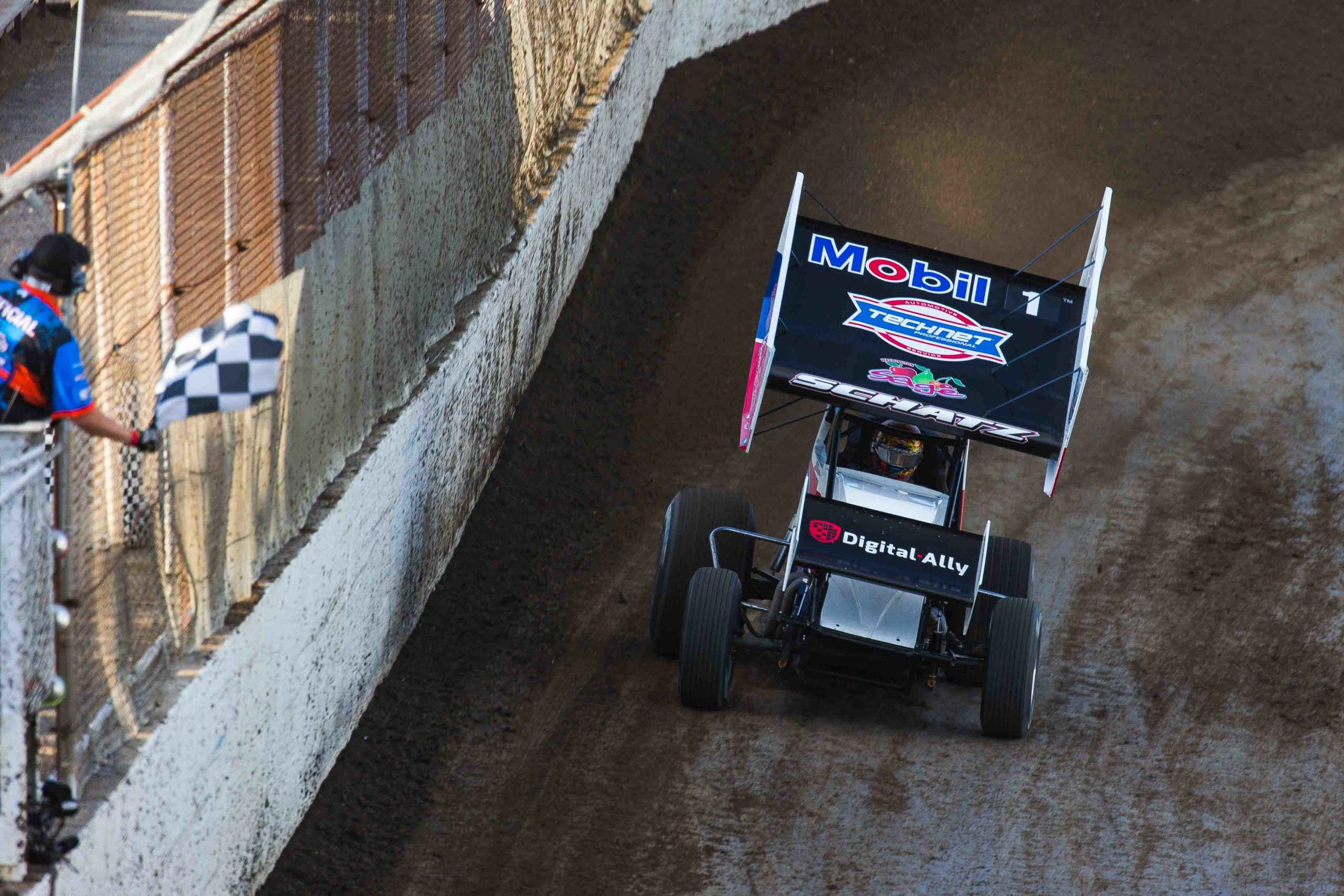 donny schatz, world of outlaws, trent gower photography